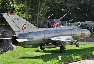 """MiG-21PF Fishbed-D """"0615 Red"""""""