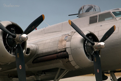 B-17G-VE, c/n 44-85740  Painted as  398th Bomb Group's 42-102516 Sunrise Shoot KPDK, DeKalb, GA,   10/07/2017 This work is licensed under a Creative Commons Attribution- NonCommercial 4.0 International License