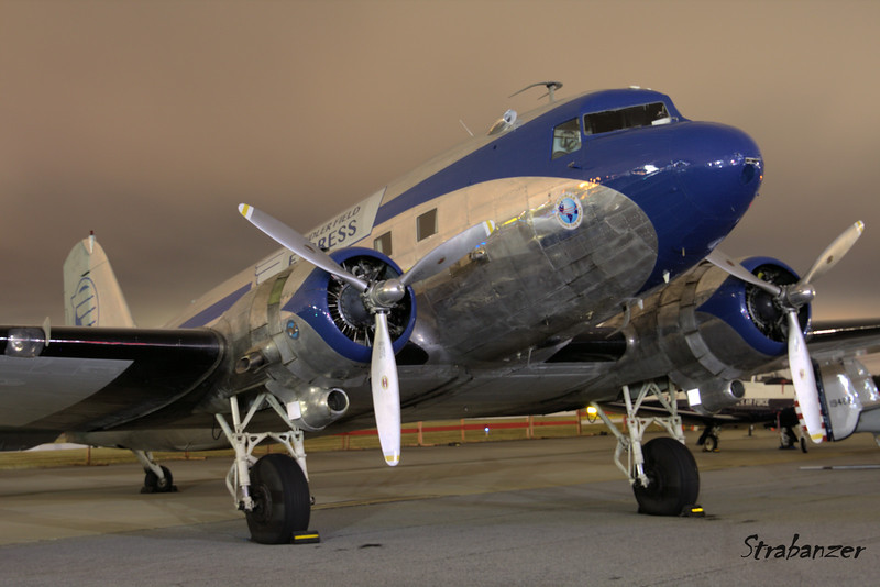 DC-3 c/n 2239 N28AA in colors of Candler Field Express Pre-Dawn Shoot KPDK, DeKalb, GA,   10/07/2017 This work is licensed under a Creative Commons Attribution- NonCommercial 4.0 International License