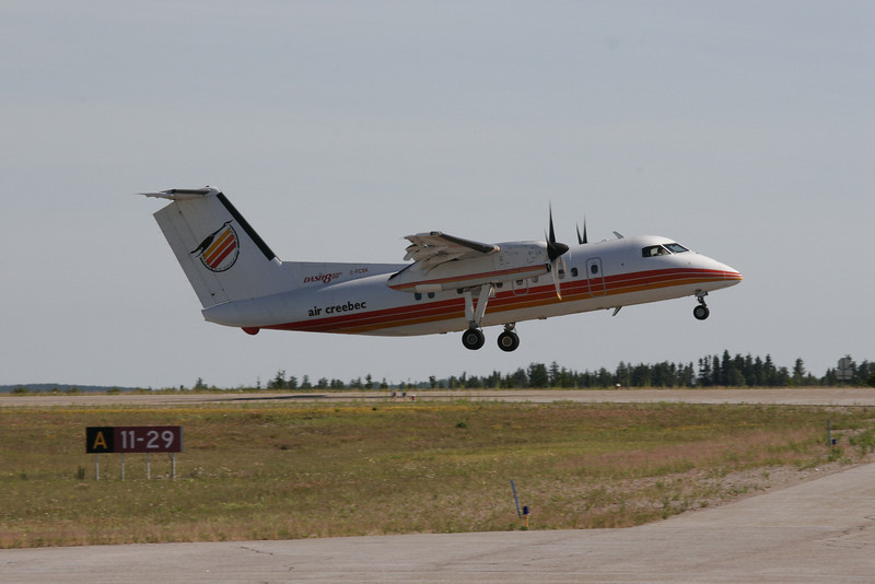 Air Creebec leaving Dryden in a Dash 8