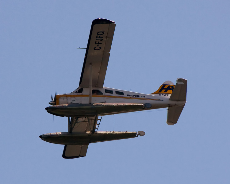 This isn't the best photo of a Dehavilland DHC-2 Beaver I've ever taken, but I didn't have a lot of choice. It was flying over head while I was at Fort Rodd Hill in Victoria, BC.