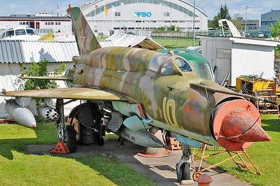 "MiG-21SMT Fishbed-K ""10 Yellow"""