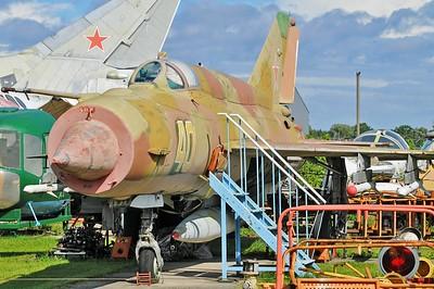 "MiG-21SMT Fishbed-K ""40 Yellow"""