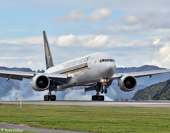 SIA B777 at Wellington