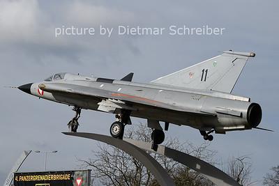 2021-04-03 11 / 35340 Saab Draken Austrian AIr Force