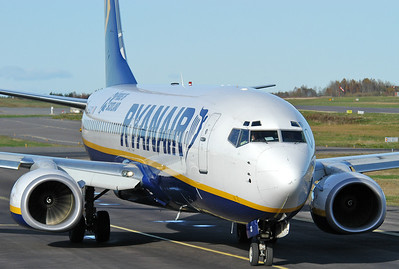 Sandefjord Airport Torp (TRF) on October 14, 2005. Ryanair Boeing 737-8AS EI-DCD (cn 33562/1466).