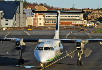 Sandefjord Airport Torp (TRF) on November 18, 2005. Widerøe De Havilland Canada DHC-8-311 Dash 8 LN-WFO (cn 493).