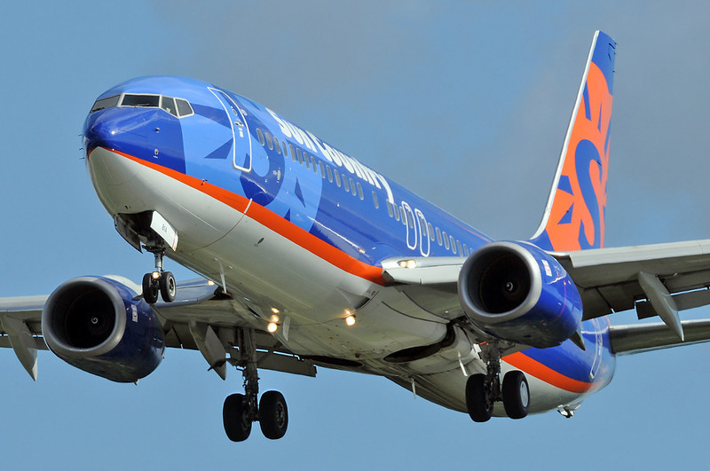 Seattle-Tacoma International Airport (SEA) on July 3, 2011. Sun Country Airlines Boeing 737-8BK N814SY (cn 30620/991).