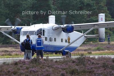 2012-08-16 G-BEOL Shorts SC7 Skyvan Invicta Aviation