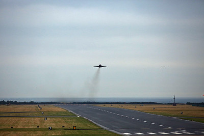 This was a bonus while waiting for the main event, a 100 Squadron Hawk gets airborne from Leuchars Station.  Whilst the RAF moved out of Leuchars in March 2015, the airfield remains open and active as a diversion airfield primarily for RAF Lossiemouth.
