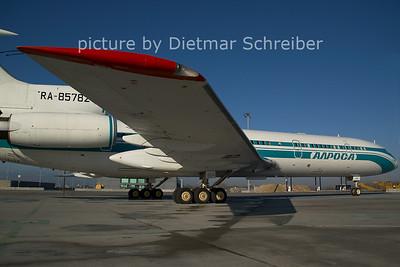 2006-12-08 RA-85782 Tupolev 154 Alrosa Avia