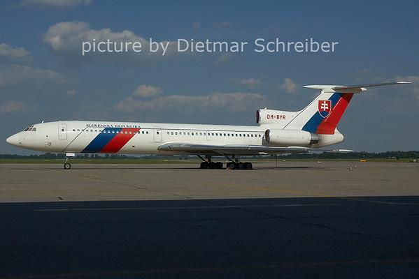 2006-07-05 OM-BYR Tupolev 154 Slovak Government