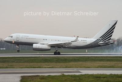 2014-11-27 RA-64010 Tupolev 204