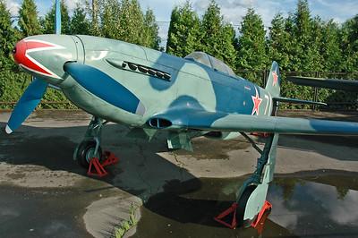 "Yakovlev Yak-3 ""7 White"" (Replica)"