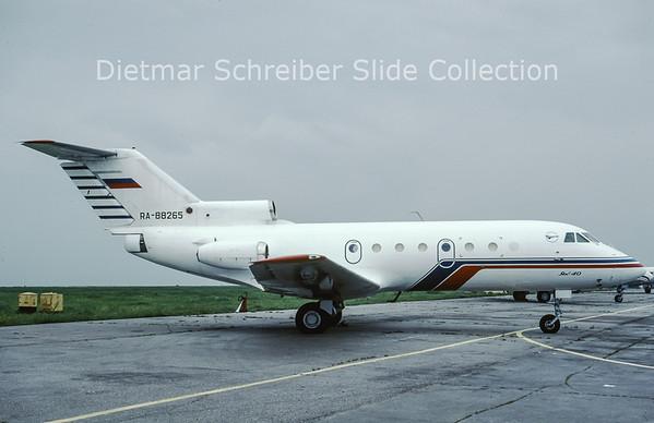 1999-08 RA-88265 Yakovlev 40 (c/n 9722052) LRI