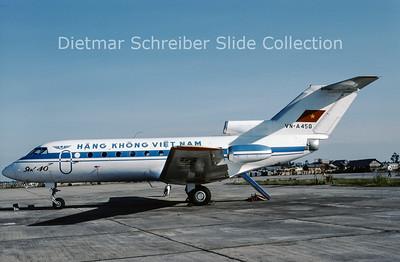 1991-02 VN-A450 Yakovlev 40 (c/n 9920960) Hang Khong Vietnam