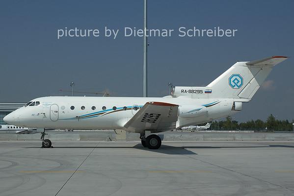 2006-07-07 RA-88295 Yakovlev 40