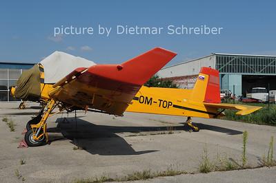 2012-08-02 OM-TOP Zlin Z37
