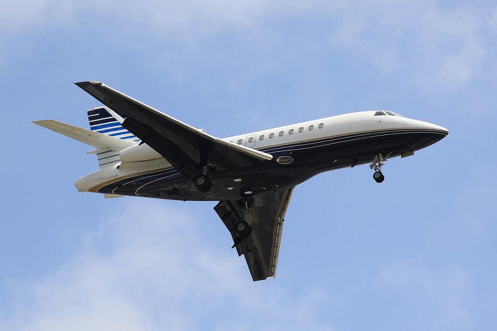 Falcon 900LX landing at LAX