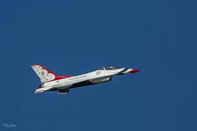 TSgt Christopher Chappell - USAF Thunderbird F-16 at 700mph