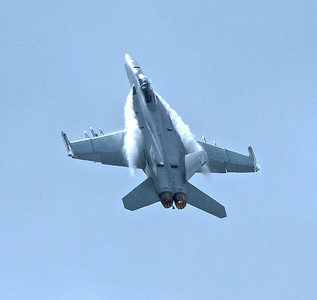 F-18 Super Hornet in high performance climb. Taken at Farnborough Airshow 2016