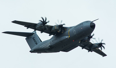 Airbus A400M in high speed flypast. Taken at Farnborough Airshow 2016