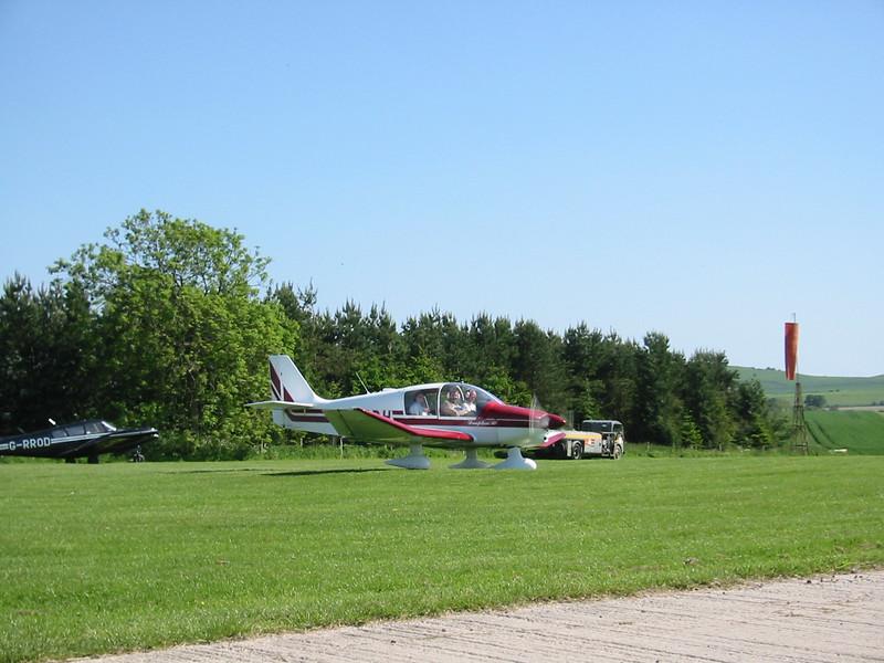Robin DR400/120 G-BKDH, Draycott Farm, Chiseldon 2002