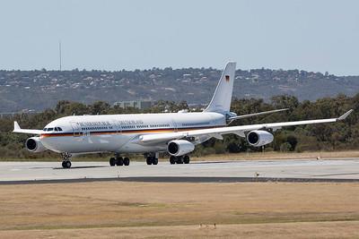 GERMAN LUFTWAFFE A340-313X 16+01 GAF921