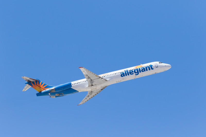-(Airline) Allegiant Air <br /> -(Aircraft) McDonnell Douglas MD-83<br /> -(Aircraft Registration) N421NV<br /> -(Flight Number) Allegiant Air 568<br /> -(Flight Route) McCarran International Airport, NV to Charles M. Schulz–Sonoma County Airport, CA