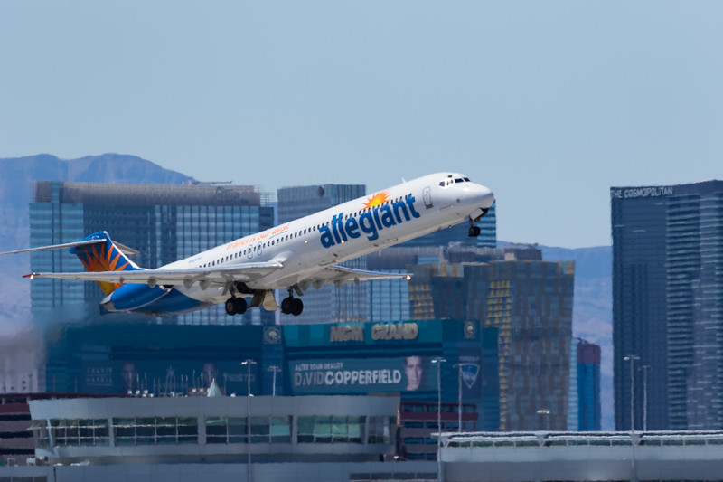 -(Airline) Allegiant Air<br /> -(Aircraft) McDonnell Douglas MD-83<br /> -(Aircraft Registration) N425NV<br /> -(Flight Number) Allegiant Air 530<br /> -(Flight Route) McCarran International Airport, NV to Stockton Metropolitan Airport, CA