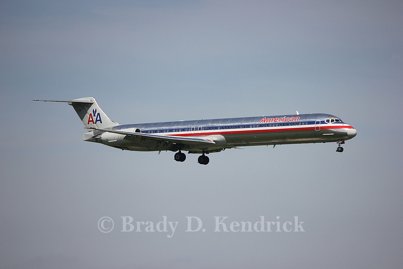 Airline: American Airlines<br /> <br /> Aircraft Type: McDonnell Douglas MD-82<br /> <br /> Photo Location: Dallas Fort Worth International Airport in Fort Worth, Texas