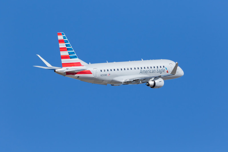 -(Aircraft) Embraer ERJ-175<br /> -(Airline) American Eagle (Operated by Envoy Air)