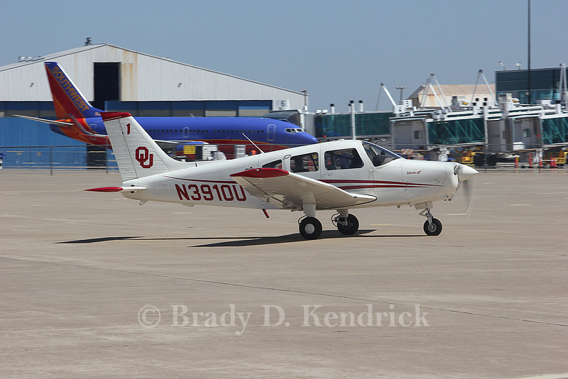 Owner:  University of Oklahoma<br /> <br /> Aircraft Type:  Piper PA-28-161 Warrior II<br /> <br /> Photo Location:  Rick Husband International Airport in Amarillo, Texas