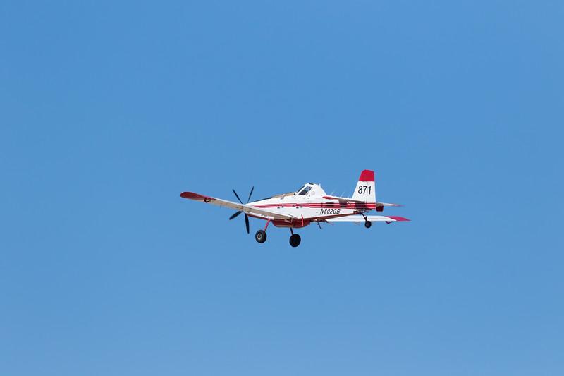 -(Aircraft) Air Tractor AT-802