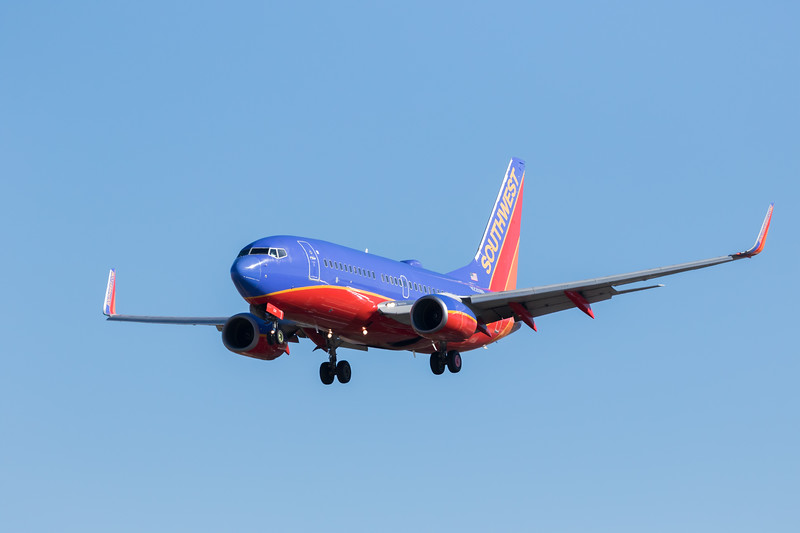 -(Airline) Southwest Airlines<br /> -(Aircraft) Boeing 737-700<br /> -(Aircraft Registration) N226WN<br /> -(Flight Number) Southwest 586<br /> -(Flight Route) San Diego International Airport, CA to McCarran International Airport, NV