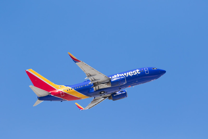 -(Airline) Southwest Airlines <br /> -(Aircraft) Boeing 737-700 <br /> -(Aircraft Registration) N726SW<br /> -(Flight Number) Southwest 2587<br /> -(Flight Route) McCarran International Airport, NV to  San Diego International Airport, CA
