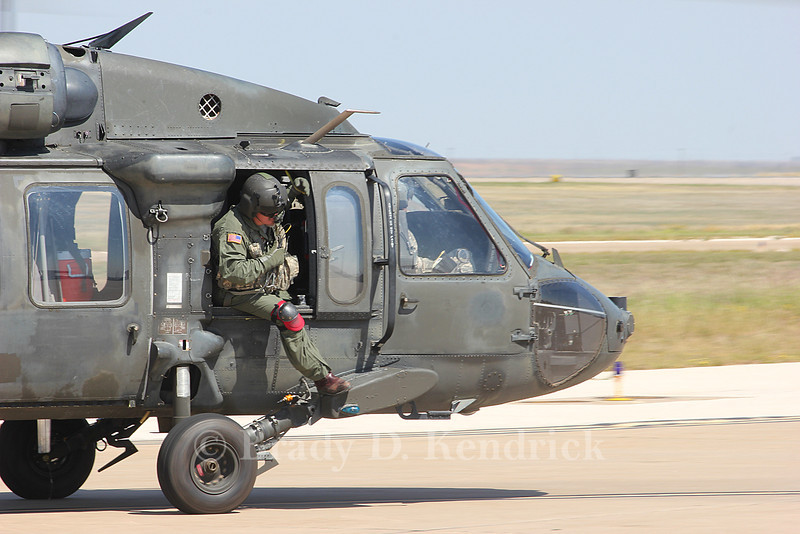 -(Aircraft) Sikorsky UH-60M Black Hawk<br /> -(Nation & Service) United States Army<br /> -(Squadron) 10th Aviation Regiment - 2nd Aviation Battalion<br /> -(Home Base) Fort Drum, New York