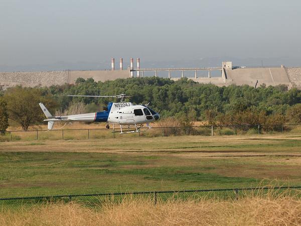 N5204J landing at the 2014 AHAS Los Angeles