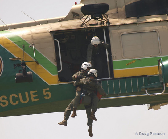 Rescue 5 hoisting at 2008 Heroes Airshow, Hansen Dam, Los Angeles