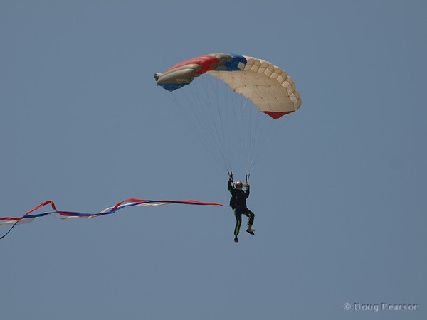 Skydiver at 2008 Heroes Airshow, Hansen Dam, Los Angeles
