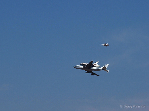 Space Shuttle landing at NASA Dryden Flight Research Center / Edwards Air Force Base in California
