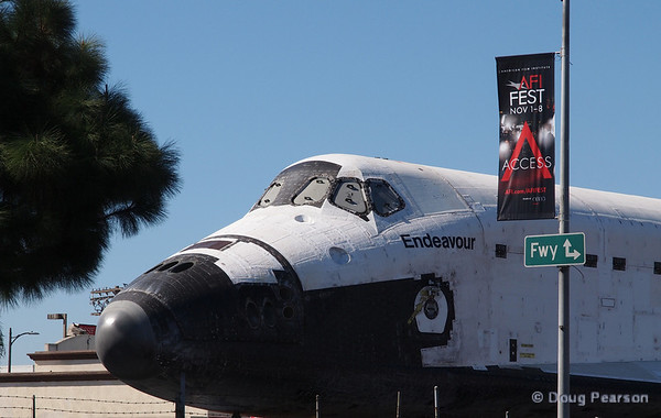 Endeavour passes on the routes to the Freeway choosing instead to keep to the city streets.