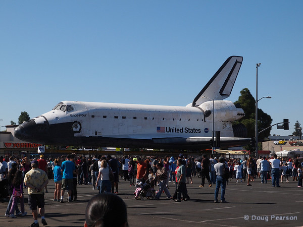Almost there Endeavour, passes Vermont Ave on her way down Martin Luther King Blvd.