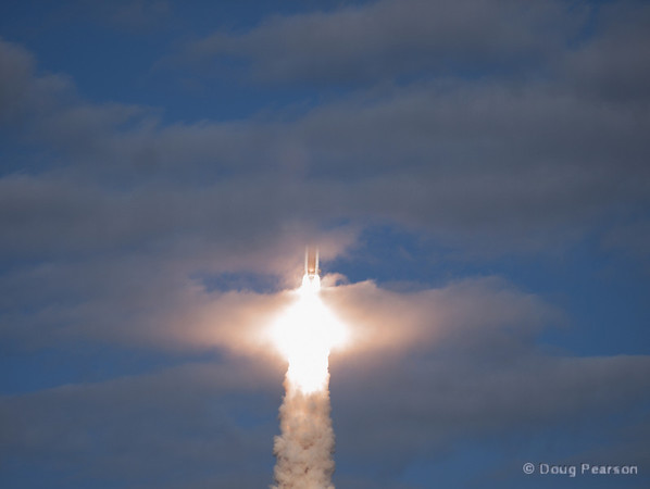 Space Shuttle Atlantis launches on STS 129, image 2