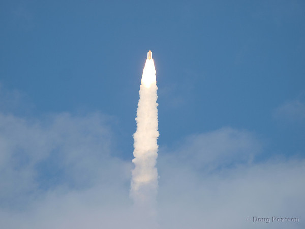 Space Shuttle Atlantis launches on STS 129, image 3