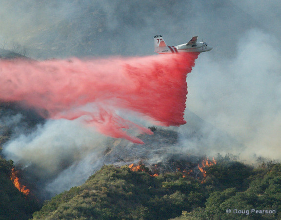 Cal Fire Air Tanker 72 drops on the Brush Fire in Sierra Madre, March 26, 2008
