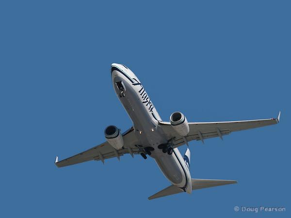 An Alaska Air 737