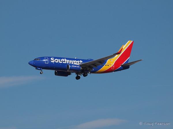 Southwest, N905WN, a Boeing 737-7H4