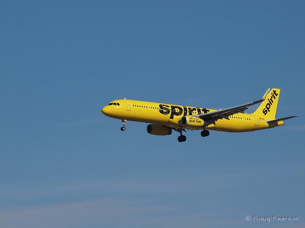 Spirit Airlines, N662NK, an AirBus A321-231