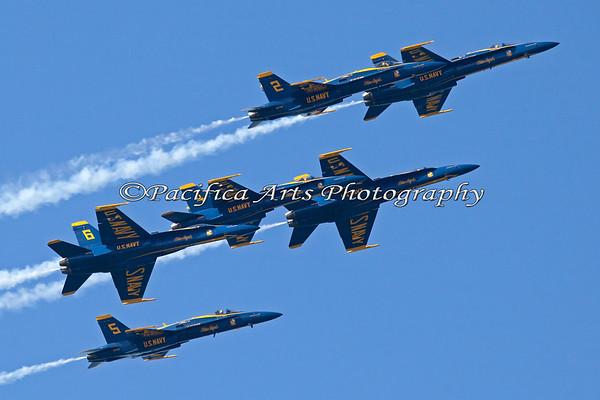 Close-up of all six Blue Angels 2011